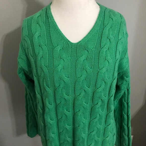 Eddie Bauer Green Cable Knit Sweater Size Medium a6720a11c